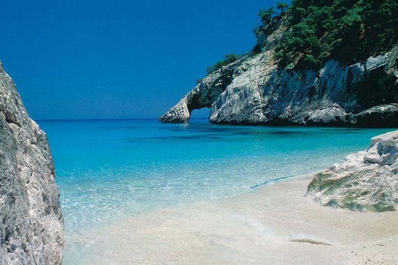 Sardinie - a beach